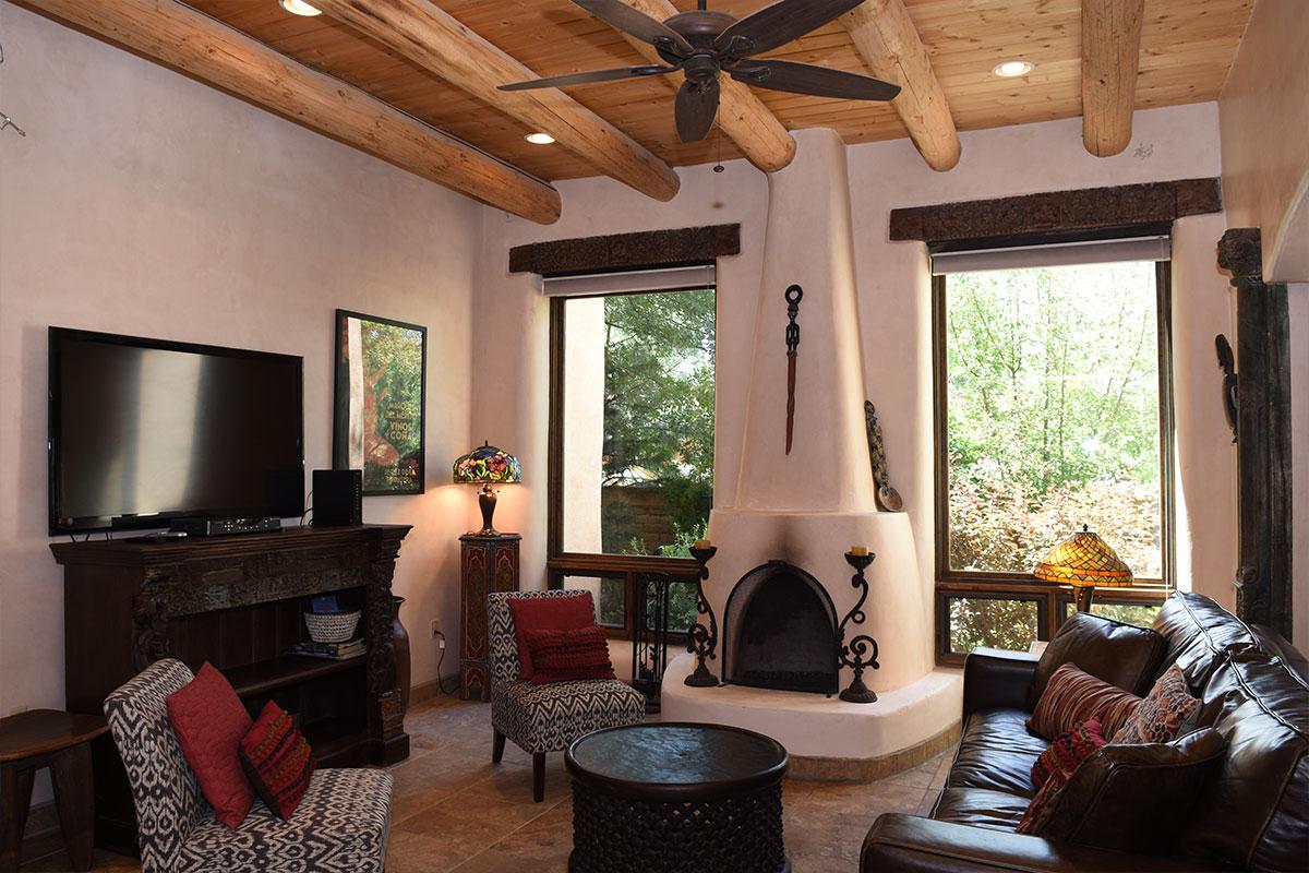 Taos Villas-NM9-living-room