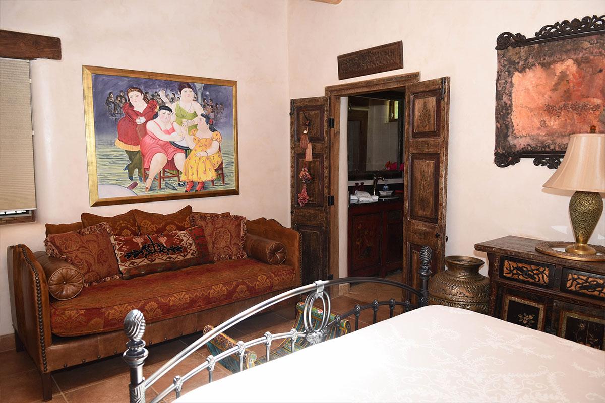 Taos Villas-NM2-master-bedroom-sitting-area