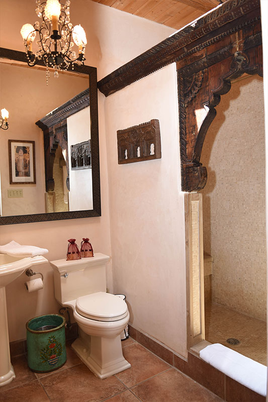 Taos Villas-NM2-second-full-bath