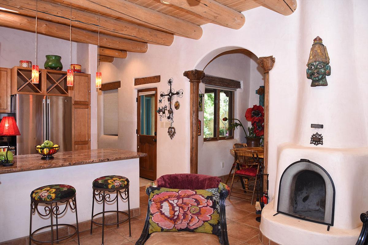 Taos Villas-NM2-toward-Dining-and-Entry